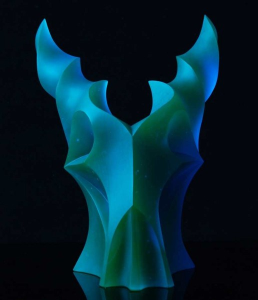 Capricorn II. 2010, 37x25x26 cm, lost wax mold melted glass